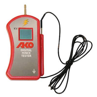 Digital-Voltmeter-zur-exakten-Messung-der-Spannung-am-Zaun-2.jpg
