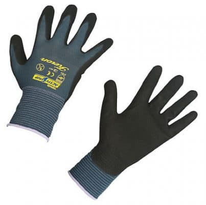 Schutzhandschuhe für Hof und Stall