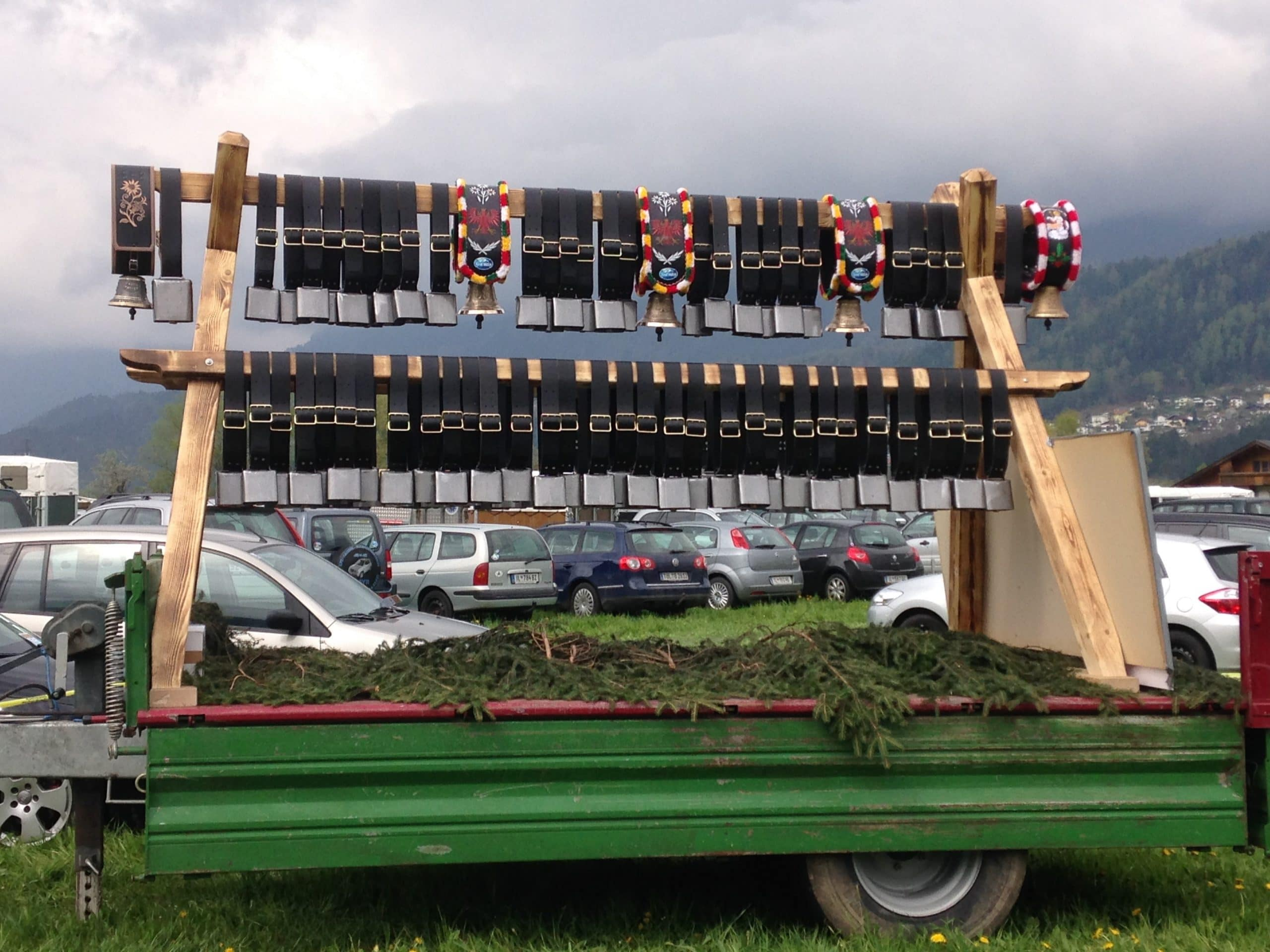 Glockenwagen Schweizer Schellen